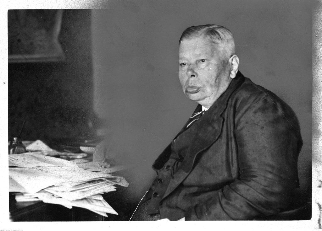 Józef Hłasko - dziennikarz (fot. Koncern Ilustrowany Kurier Codzienny, Narodowe Archiwum Cyfrowe)