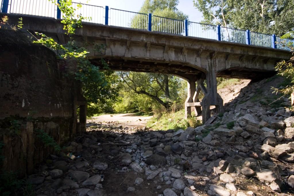 Dawny most wąskotorówki. Fot. Michał Mroziński, Halo tu Wawer